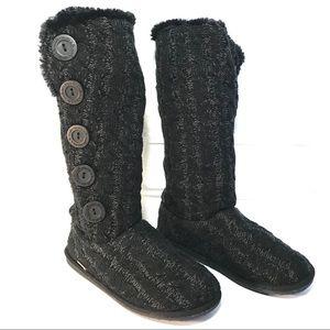Muk Luks à la mode Boots Size 8 Black